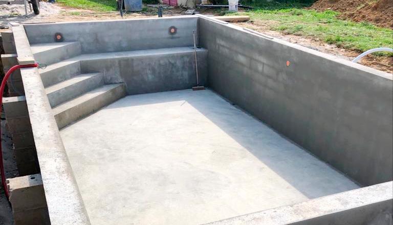Gros œuvre pour un chantier de piscine par DB Constructions
