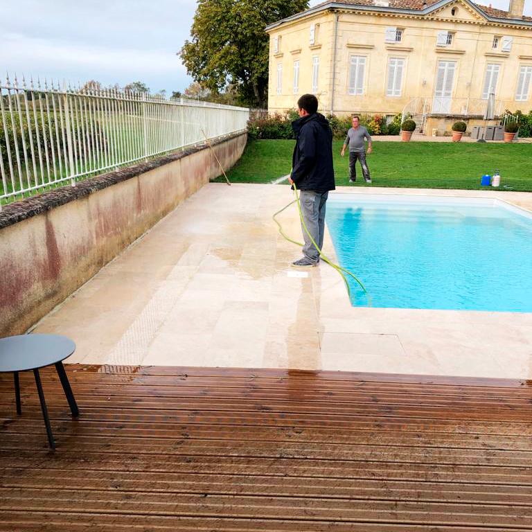 Suivi et entretien de la piscine
